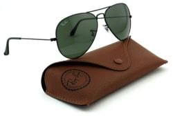 Ray-Ban Unisex Aviator Classic Sunglasses for $70