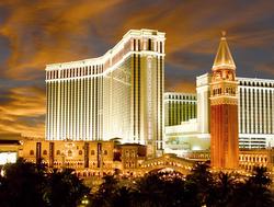 5-Star Venetian Resort in Las Vegas from $104/nt